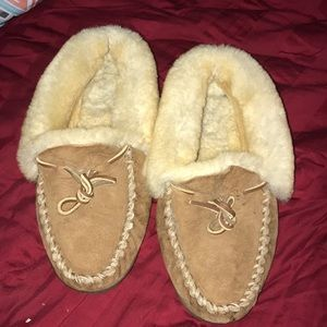 L.L. Bean slippers